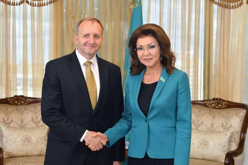 Председатель Сената Парламента приняла посла Чехии в Казахстане