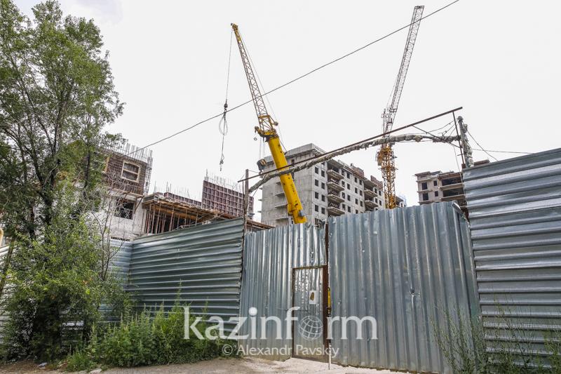 Названа причина гибели мужчины на стройке в Алматы