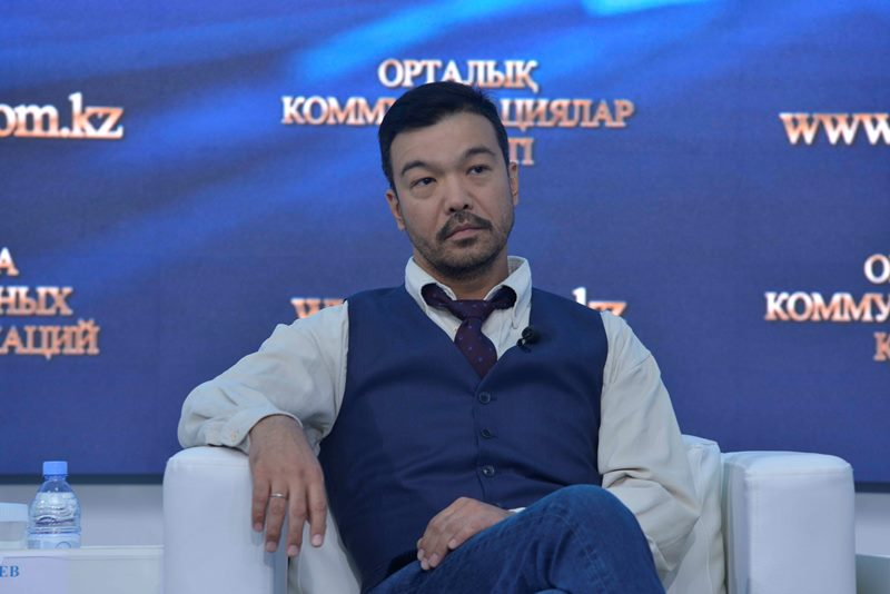 Азиз Бейшеналиев предстанет в новом амплуа перед казахстанскими зрителями
