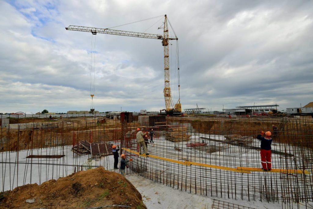Ускорить строительство нового участка набережной Иртыша поручил аким Павлодарской области