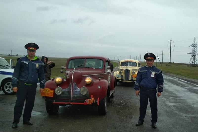 Павлодарская полиция помогла участнику ралли Пекин-Париж