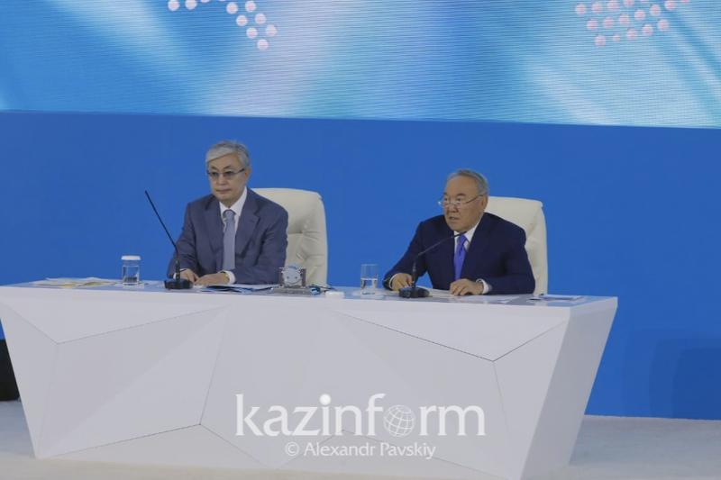 托卡耶夫:改革--是首任总统不变的立场