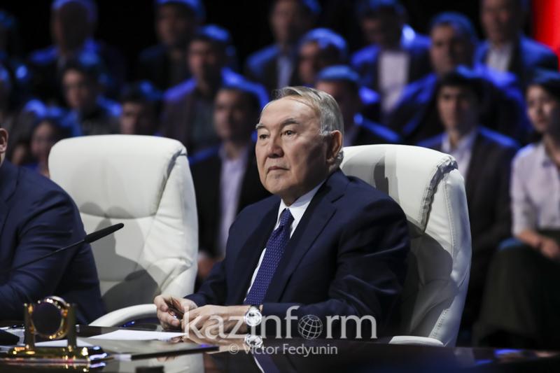 潘大渭:纳扎尔巴耶夫提升了哈萨克斯坦的外交声誉