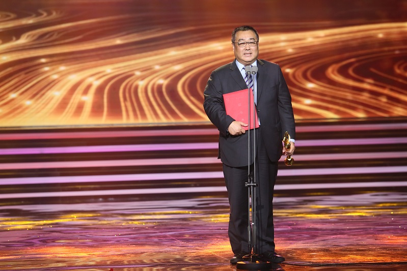 8岁哈萨克小演员荣获上哈国际电影节新人奖