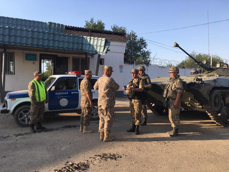 Сводный отряд подразделений военной полиции ВС обеспечивает правопорядок в Арыси