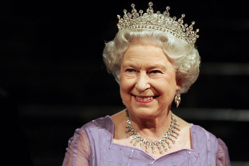 英国女王致电祝贺托卡耶夫当选哈萨克斯坦总统