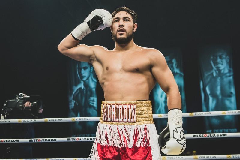 两名哈萨克斯坦职业拳手在加拿大取得胜利