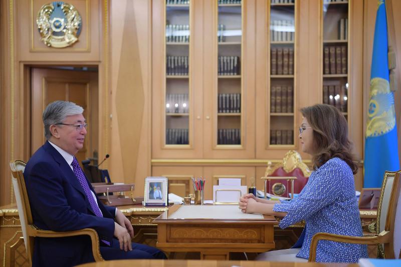 托卡耶夫总统接见参议院议长纳扎尔巴耶娃