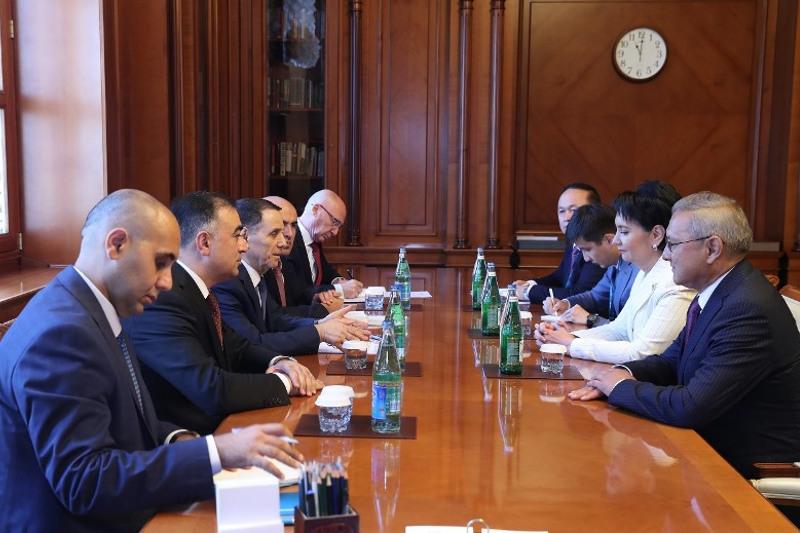 Гульшара Абдыкаликова посетила с рабочим визитом Азербайджан