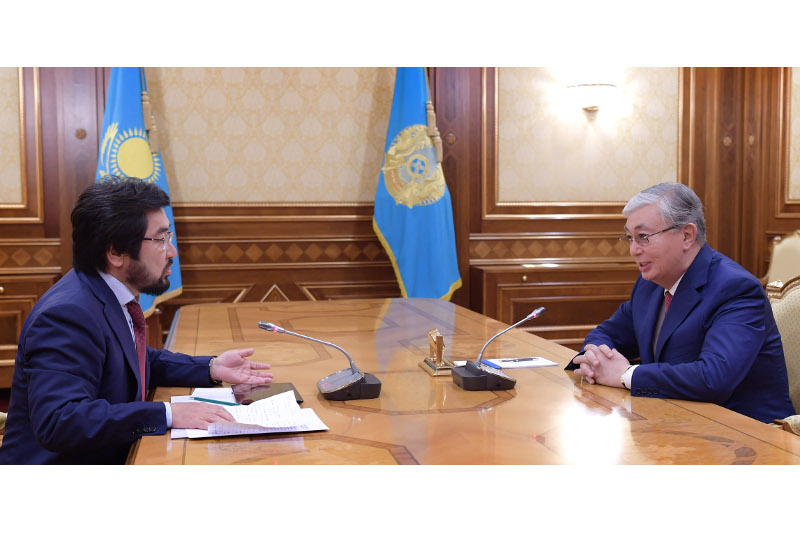 总统接见马吉利斯议员别克波拉特·特列吾汗