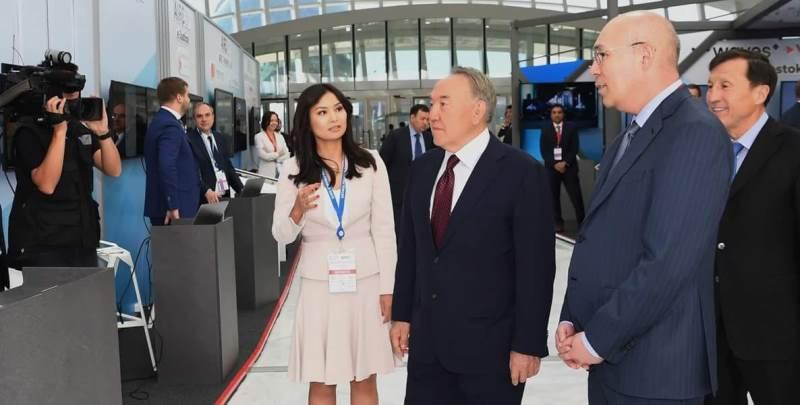 WAIFC presents Honorary Award to Nursultan Nazarbayev on creation of AIFC