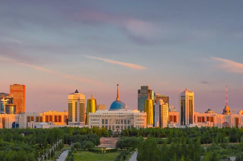 BBC Нұр-Сұлтан қаласындағы таң шапағын түсірді