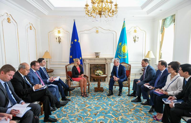 哈萨克斯坦与欧盟进一步加强伙伴关系合作前景