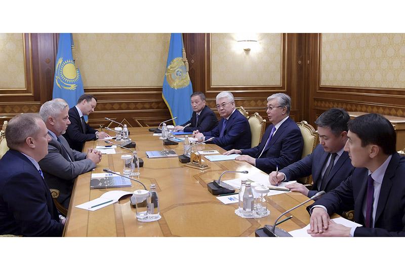 托卡耶夫总统会见维蒙特工业总裁卡尼斯基