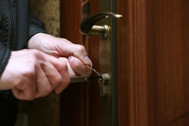 Вор-квартирник задержан за серию краж в Алматинской области