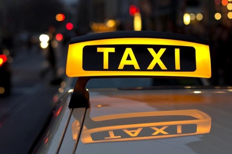 За 33 тысячи тенге довез таксист туриста из аэропорта Алматы