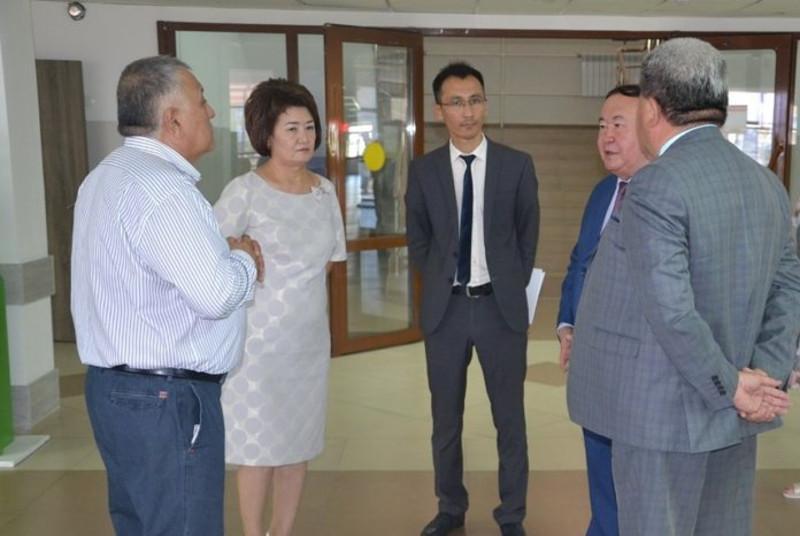 Мәжіліс депутаттары Жамбылдағы бірқатар нысандардың жұмысымен танысты