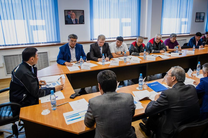 Нұр-Сұлтан әкімі Алтай Көлгінов астаналық энергетиктердің жұмысын сынға алды