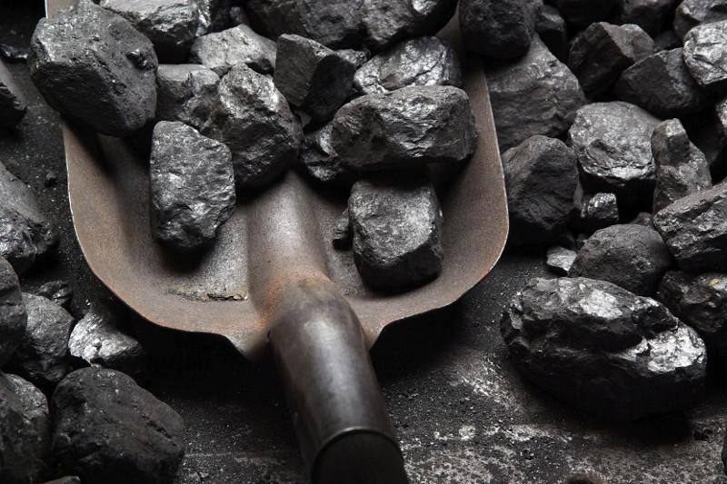Приобретать уголь заранее призвали жителей столицы