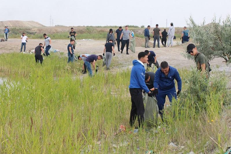 Транспортные полицейские приняли участие в экоакции «Бірге – таза Қазақстан»