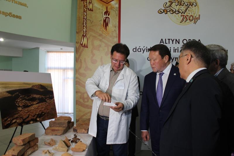 Мавзолей предположительно эпохи Золотой Орды обнаружили в Северном Казахстане