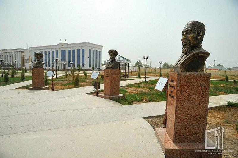 Өзбекстанда ашылған «Шайырлар саябағына» Абай мүсіні орнатылды