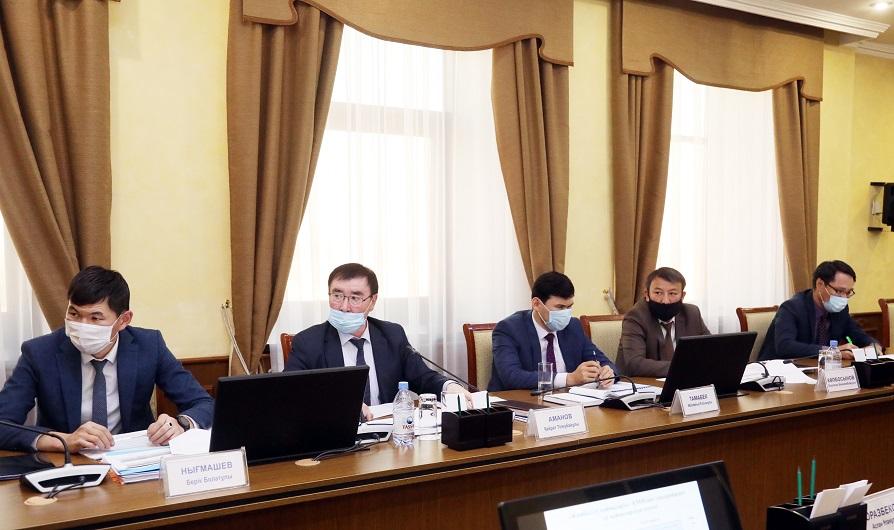 Провести ревизию сельхозугодий поручил районным акимам Бердибек Сапарбаев1