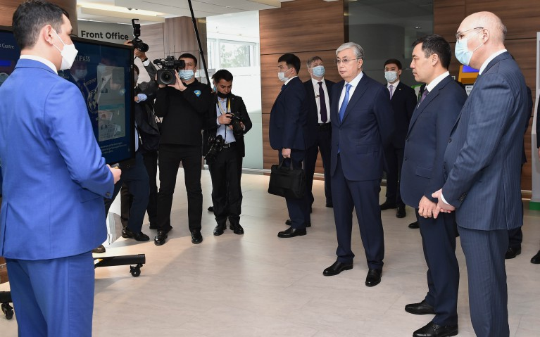 Қазақстан мен Қырғызстан президенттері «Астана» халықаралық қаржы орталығына барды