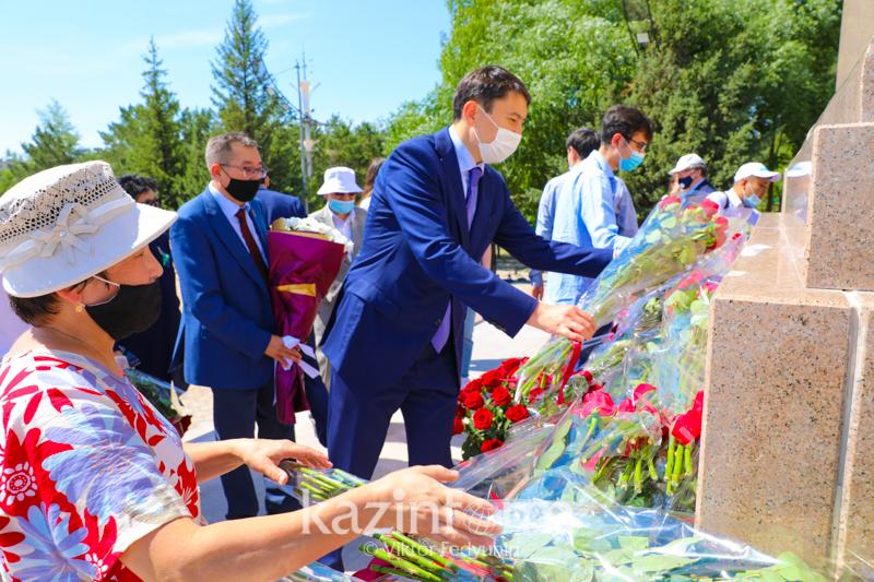 Нұр-Сұлтан қаласында Қаныш Сәтбаевқа ескерткіш орнатылды