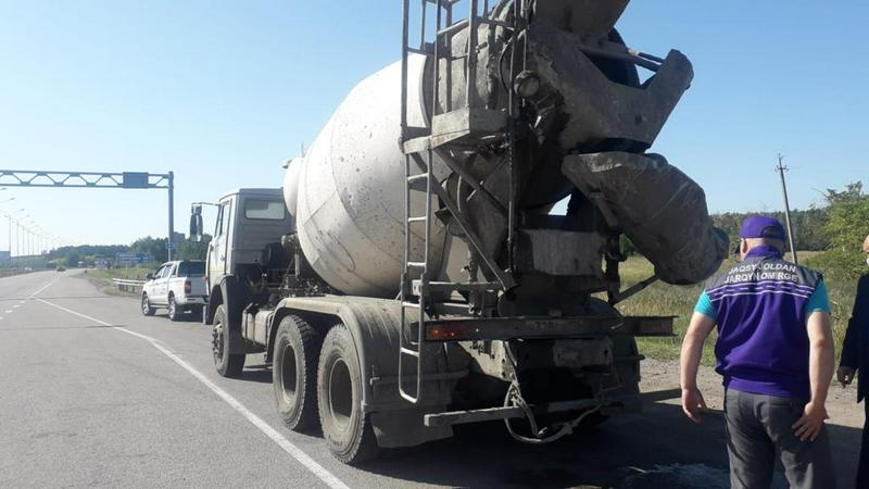 Водителей большегрузов оштрафовали в СКО