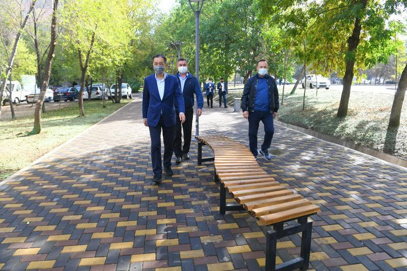 Новые общественные пространства строятся в Алматы