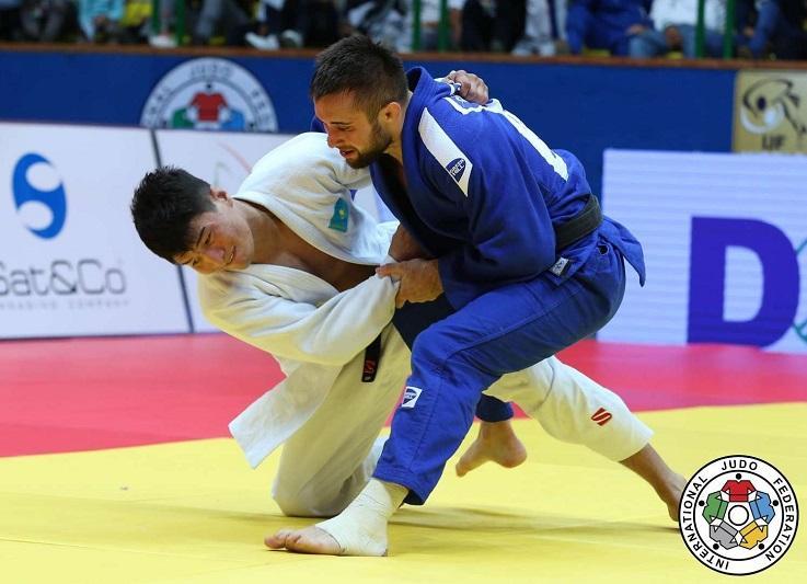 Елдос Жумаканов стал серебряным призёром мирового Гран-при в Будапеште