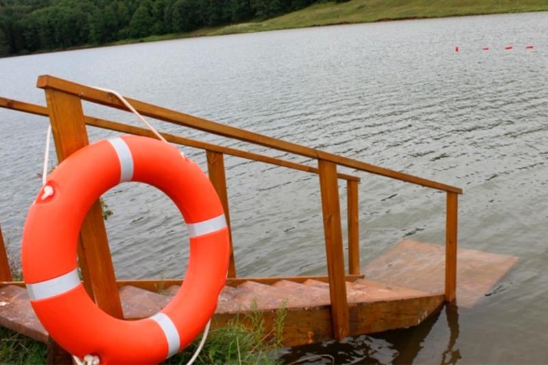Что делать при судорогах в воде: советы спасателей
