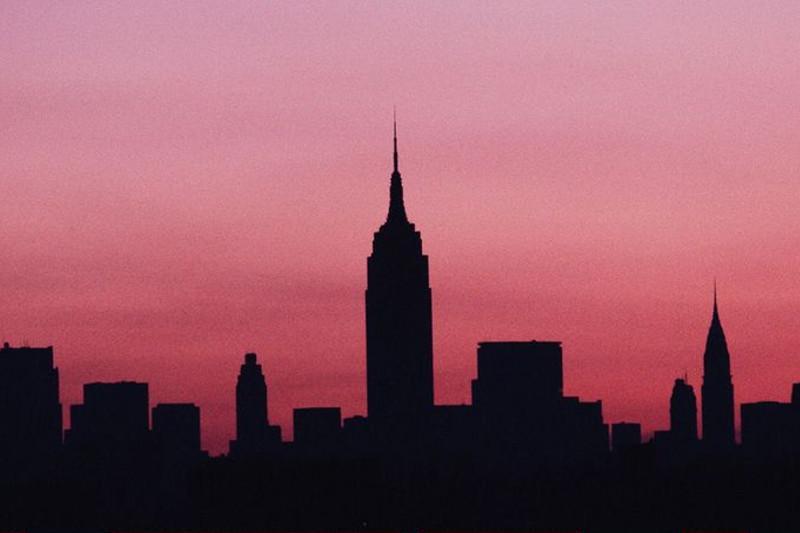 Отключение электричества в Нью-Йорке: Манхеттен на несколько часов погрузился во тьму