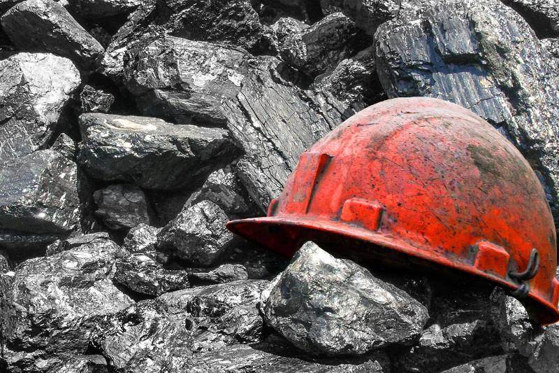 Стали известны подробности гибели рабочего на шахтев ВКО