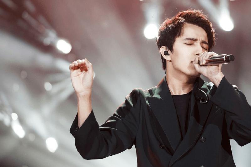 歌手迪玛希将在圣彼得堡举办演唱会