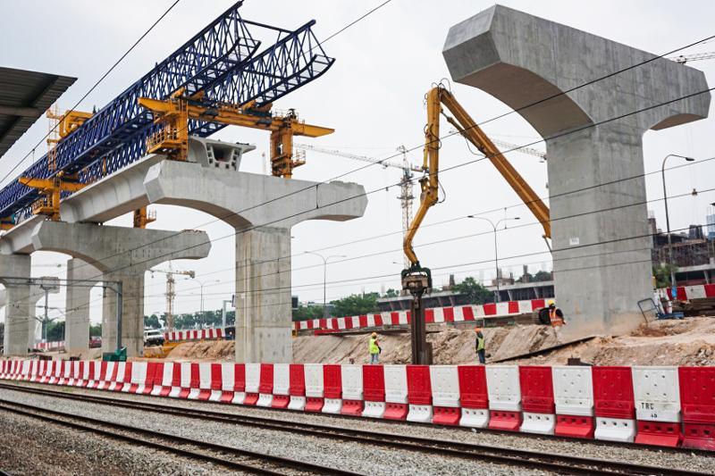 Касым-Жомарт Токаев поручил поставить точку в вопросе строительства LRT в столице