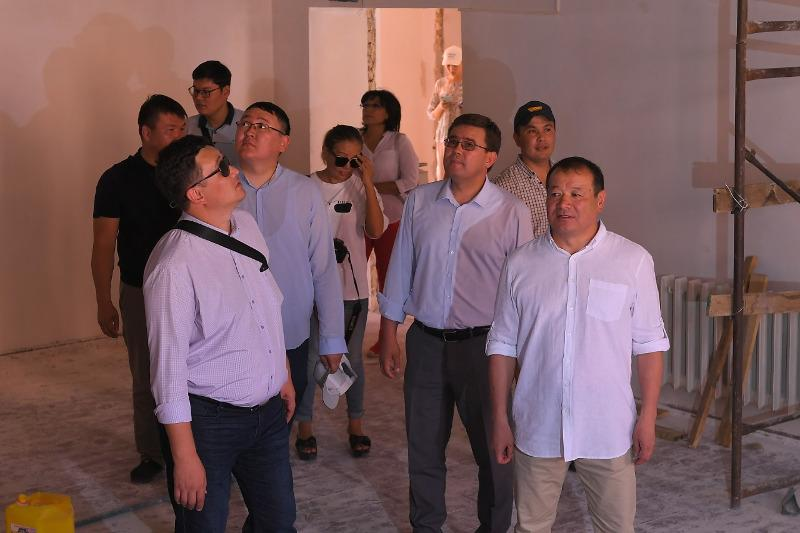 Пресс-тур по самым сложным участкам провели для журналистов в Арыси