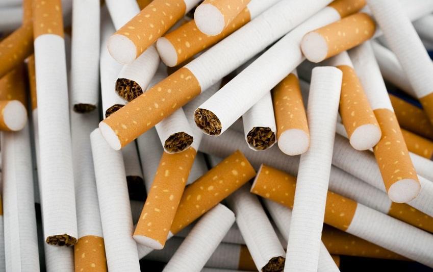Крупную партию сигарет с акцизными марками Кыргызстана пытались ввезти в Казахстан