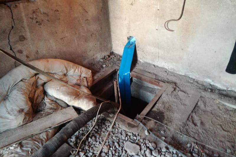 Карагандинец погиб в колодце, спасая отца