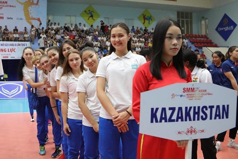 Волейбол: Қазақстан қыздар командасы Азия чемпионатының келесі кезеңіне өтті