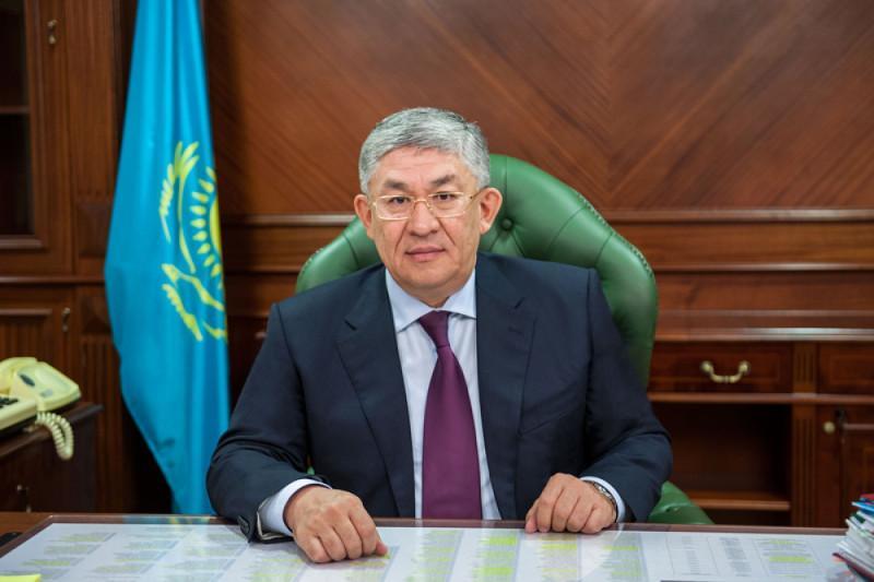 #Аbai175: Крымбек Кушербаев передал эстафету Элизабет Турсынбаевой