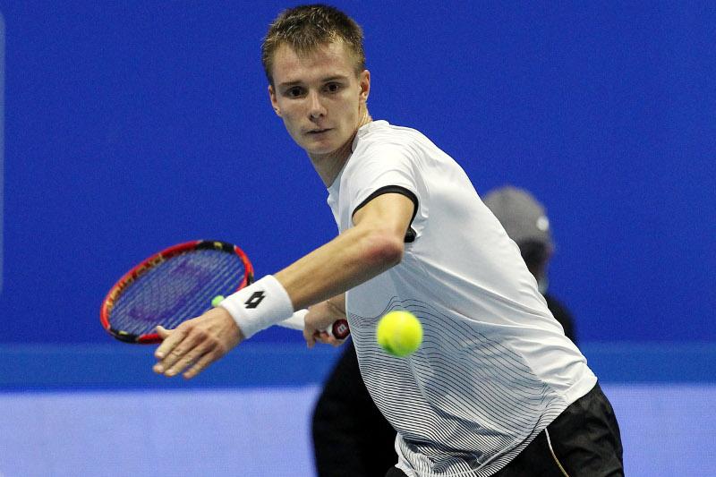 网球:哈萨克斯坦小将晋级ATP挑战赛第二轮