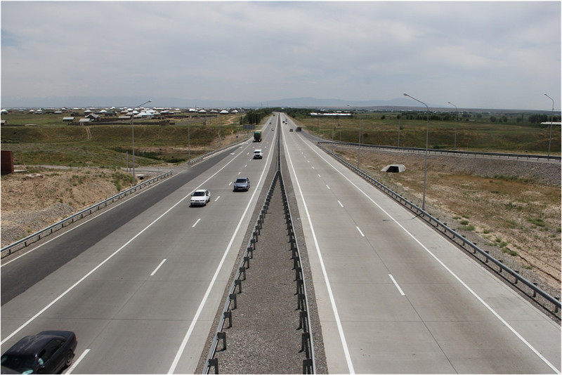 Qazaqstandy Ózbekstanmen jalǵaıtyn jańa avtojol ashyldy