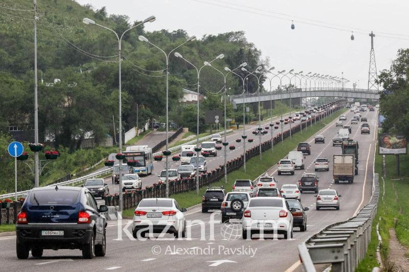Количество зарегистрированных легковых авто в РК сократилось