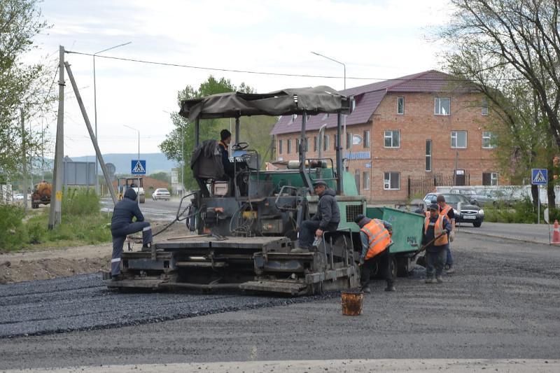 Почти 64 млрд тенге потратят на ремонт дорог в ВКО