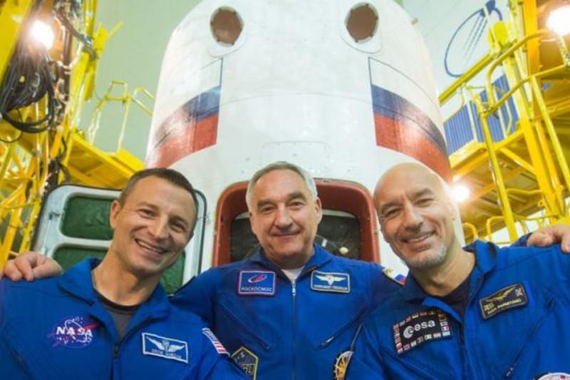 Три дня до старта: экипаж корабля «Союз МС-13» завершает подготовку