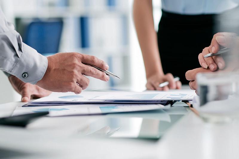 В ВКО проверят трудовые договора сотрудников иностранных компаний
