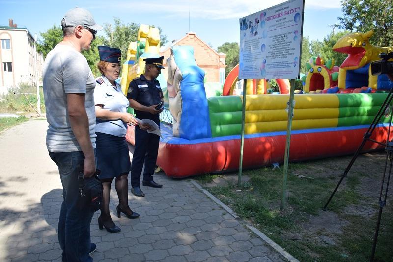 Безопасность детских аттракционов проверяют в Акмолинской области
