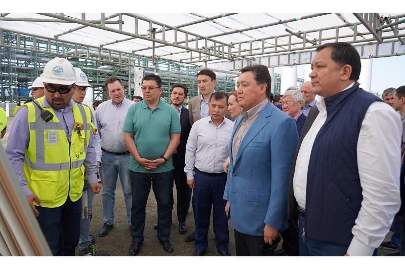 Аскар Мамин посетил месторождение Тенгиз и ряд нефтегазовых проектов